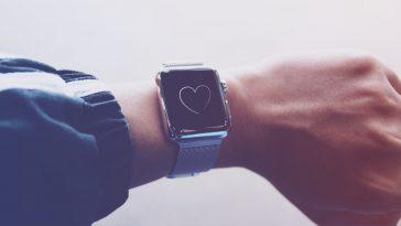 Τα έξυπνα ρολόγια προβλέπουν υπέρταση και υπνική άπνοια