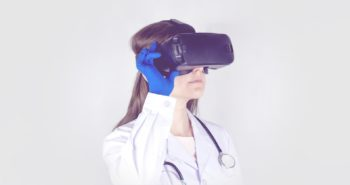 VR Health: Πώς η Εικονική Πραγματικότητα αλλάζει την υγειονομική περίθαλψη